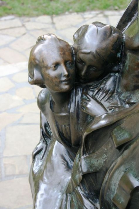 Pan statue 02 032309 LR