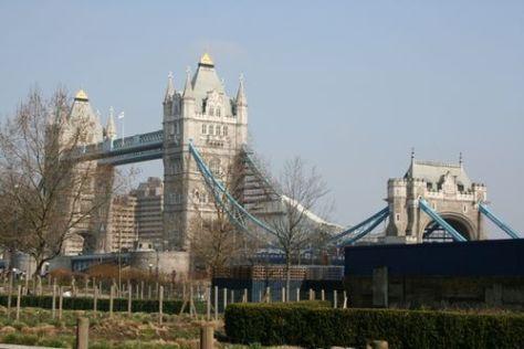 Tower bridge 031909 LR