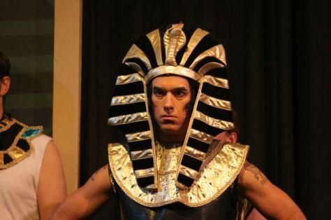 tom as pharaoh closeups1