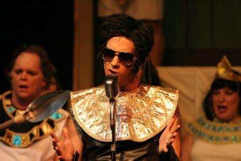 tom as pharaoh closeups2