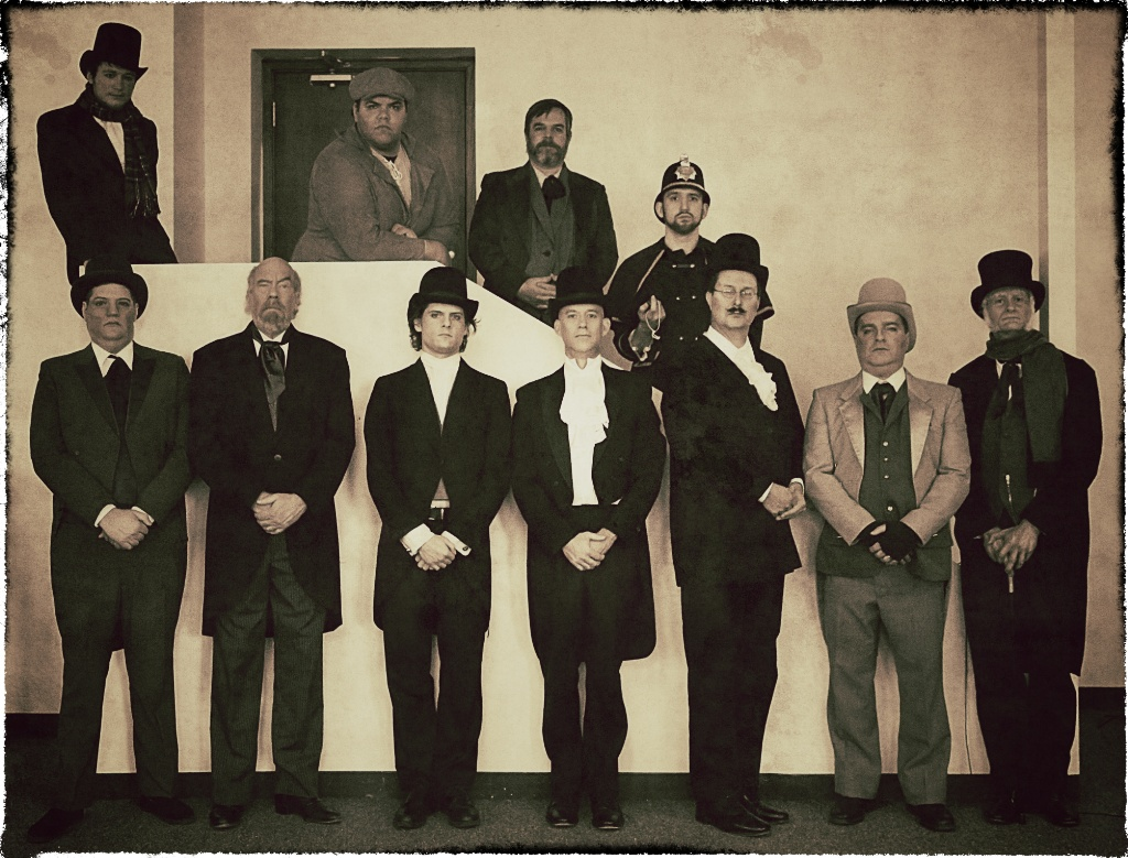 2014 12 USP Men of Christmas Carol 02LR