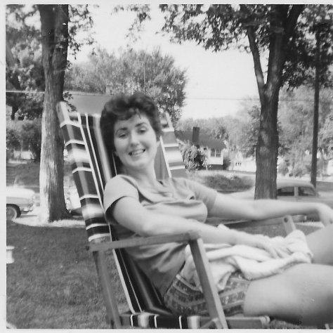 Jeanne Hendrickson Vander Well