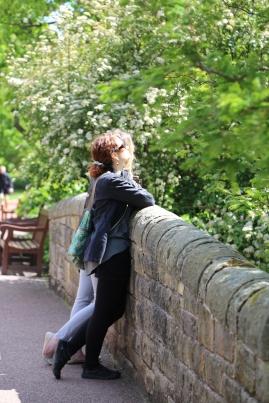 Wendy and Taylor bask in the sun at Royal Botanic Gardens, Edinburgh.