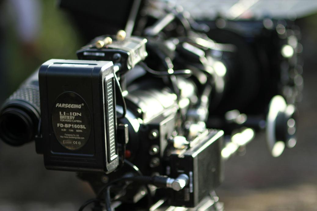 digital-camera-237414_1280