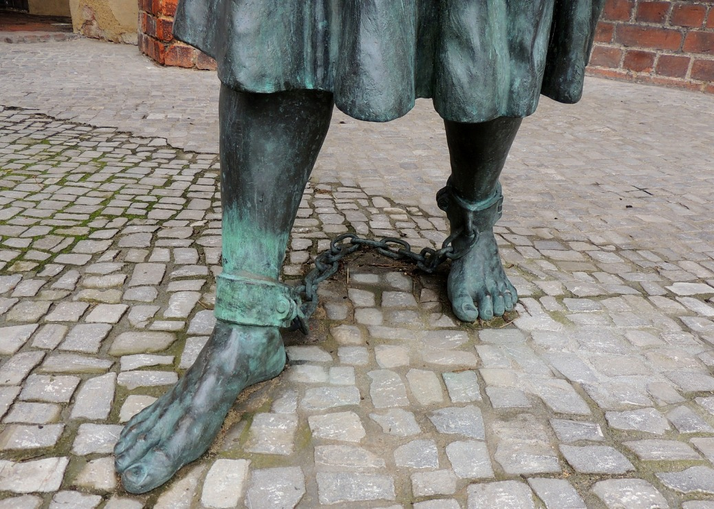 Shackled Statue Feet