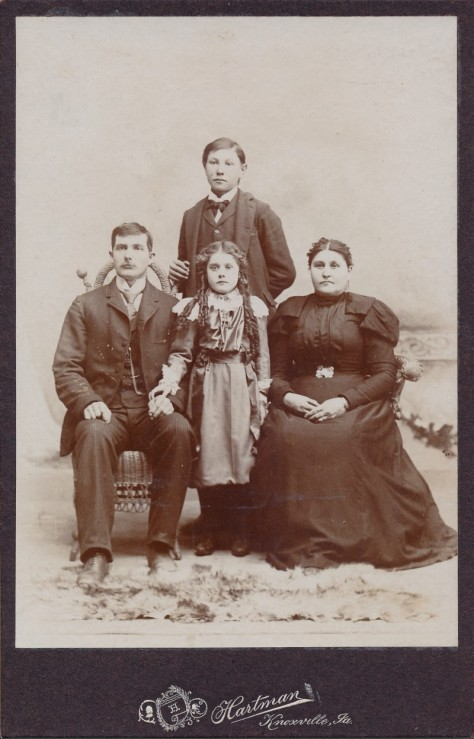 Jacob Miller Yeater and Malinda Jane Helmick Yeater with son William, and daughter, Chloie.