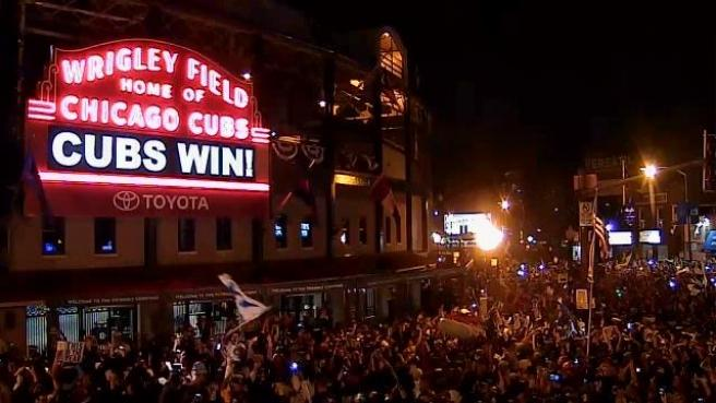 cubs-win-marquee