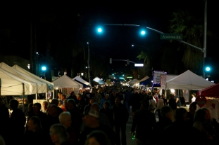 Thursday night market in the heart of Palm Springs.