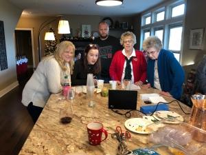 Grandma VH's new digital frame was a hit!